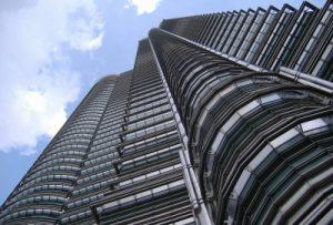 building-710300_1920-400x270-MM-100